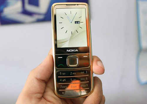 nokia 6700 clacsic gold edition
